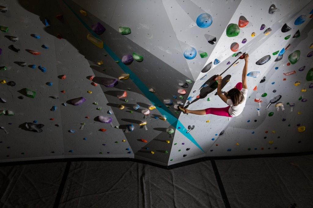 indoor-bouldering-in-Maine