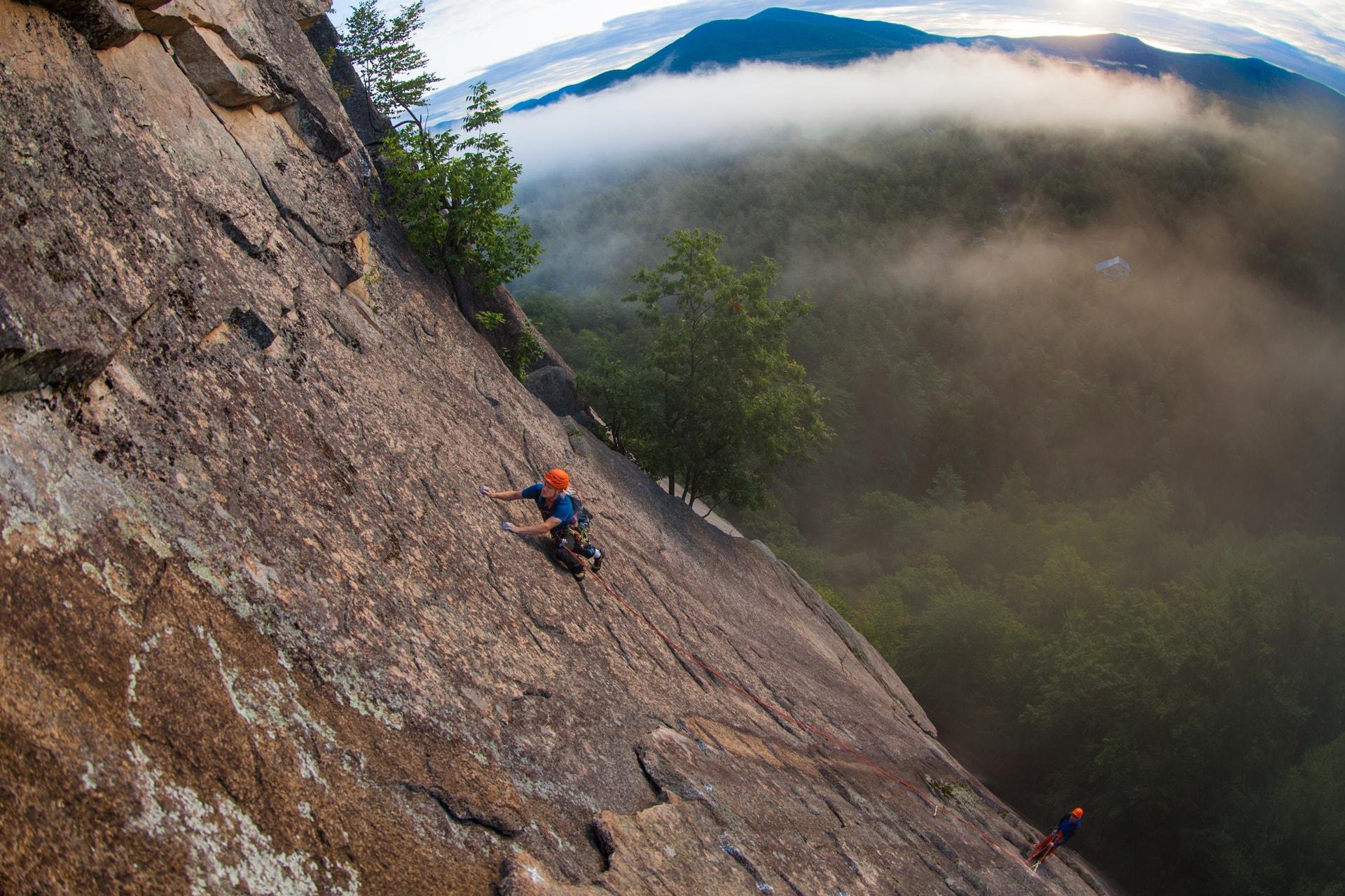 outdoor-rock-climbing-class